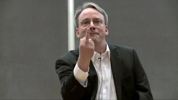 Linus_Torvalds_Flipping_NVIDIA_Off_Wide